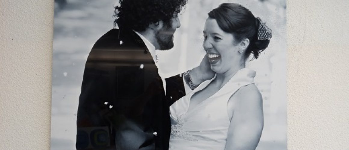 Acrylic print in black and white of wedding couple.