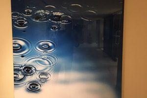 hotel-acrylic-1