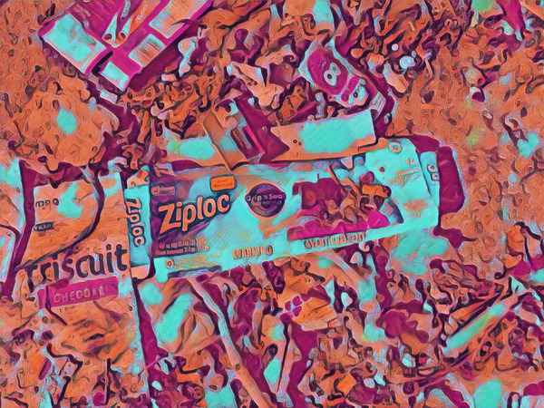 600_bigacrylic_food_trash