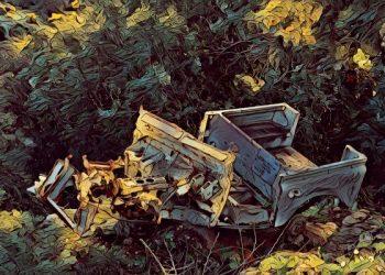 600_bigacrylic_smashed_truck